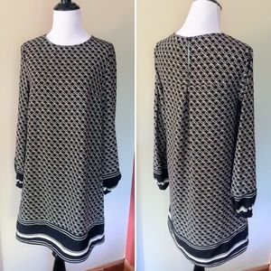 H&M bell sleeves geometric pattern dress